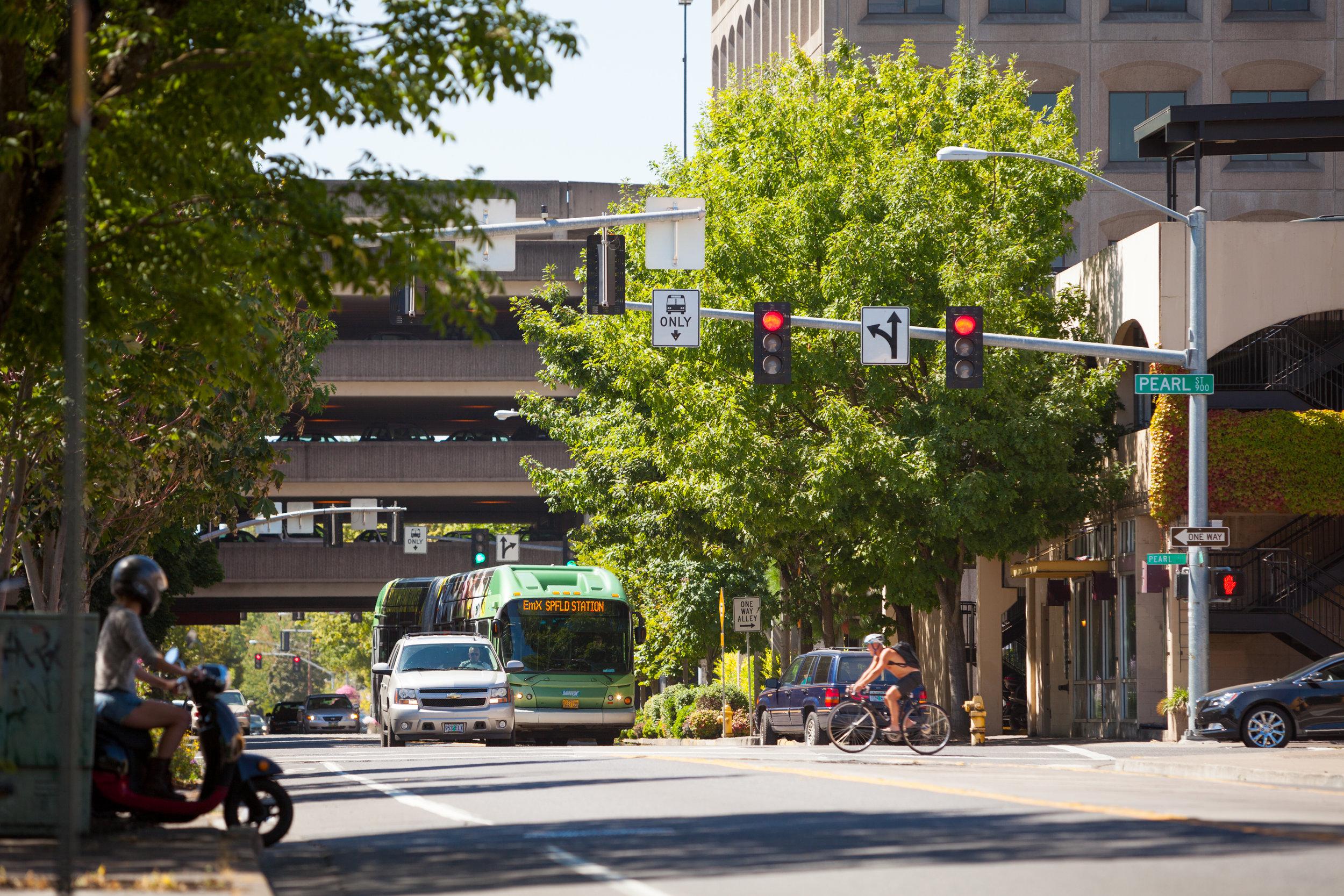 Eugene_BRT Downtown_Photo 03_200dpi.jpg