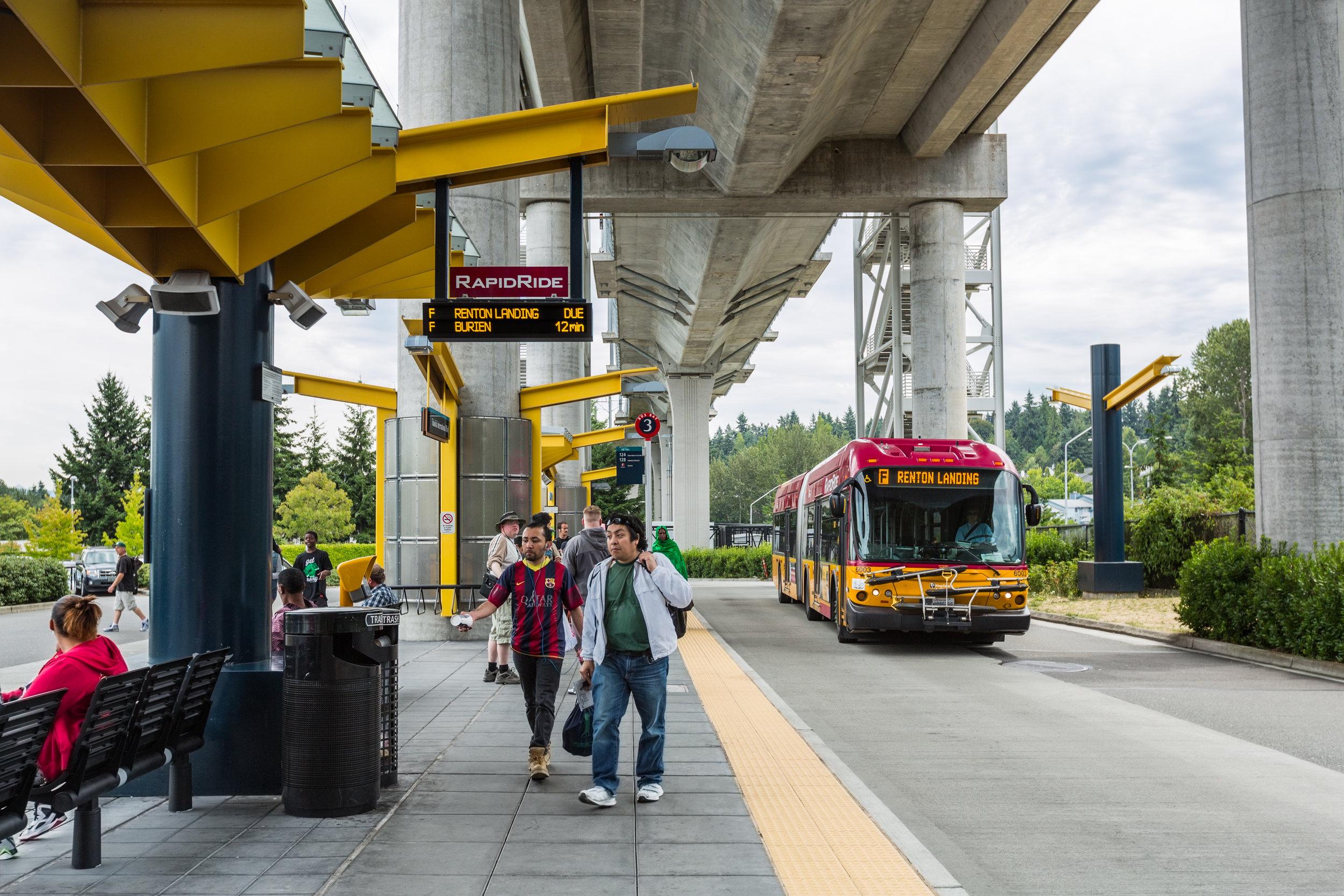 Tukwila Transit Center_Photo 01_200dpi.jpg