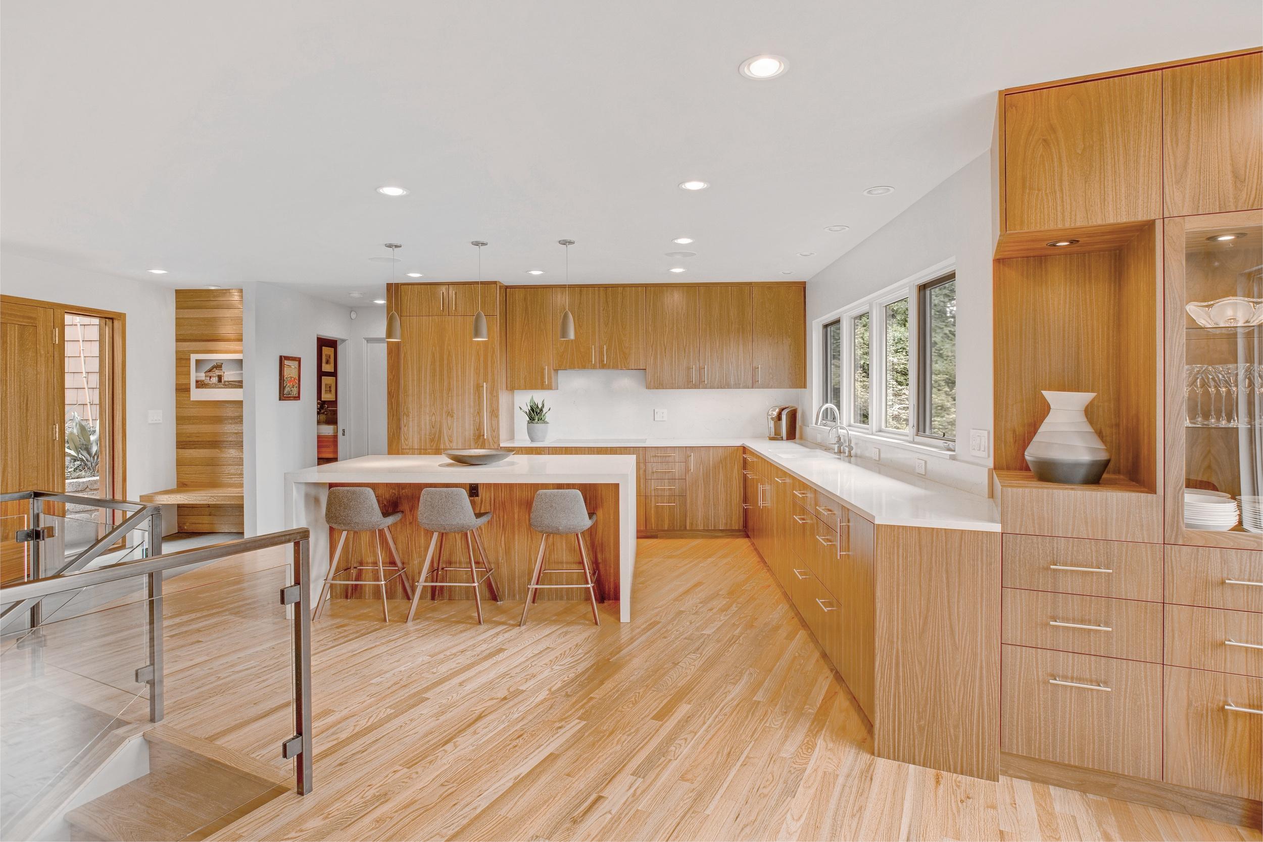 Kitchen_No Vent 02.jpg