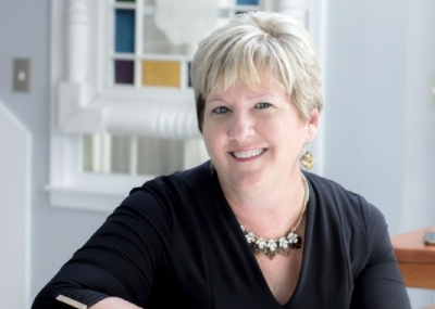 Jeanne Dau is EEF fundraising chair and teacher of the regional entrepreneurial class called ClassE. Please feel free to contact Jeanne at jeanne@dauconsultingservices.com to discuss the Honor a Teacher Program or other ways to give.