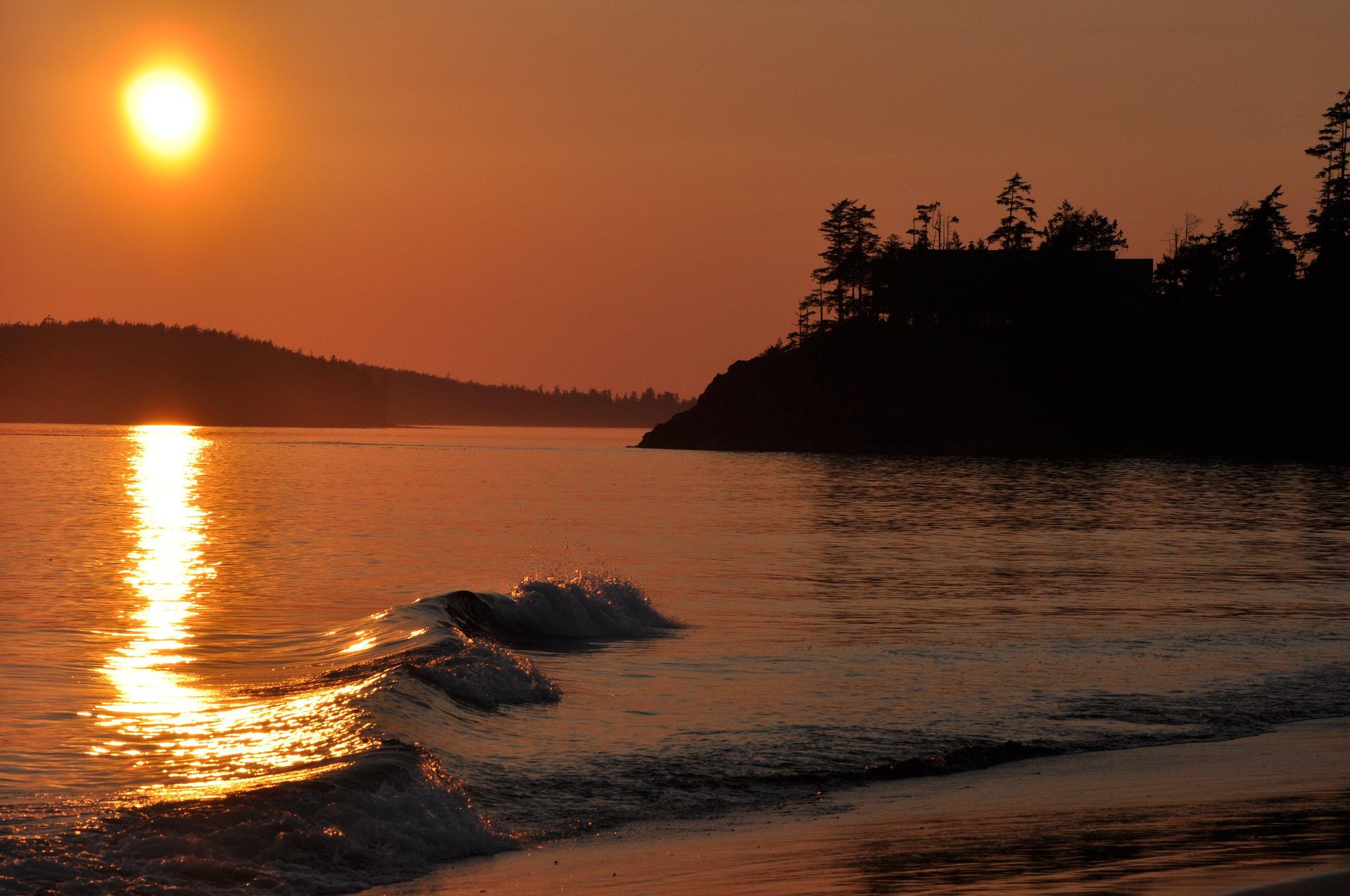 mackenzie-beach-1271367.jpg