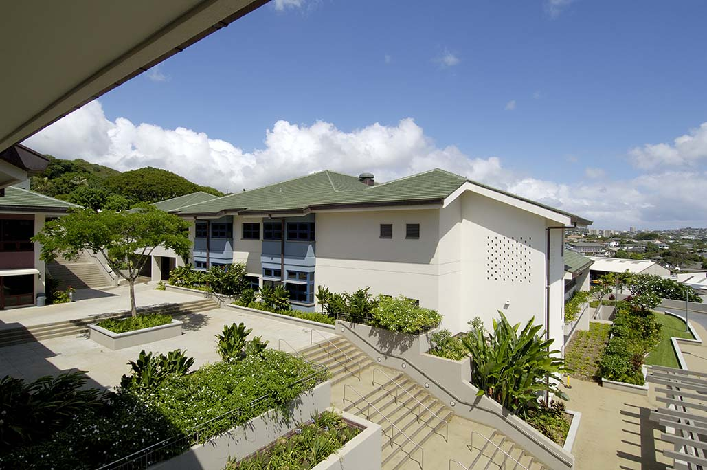 15_Punahou School Case Middle School 01.jpg