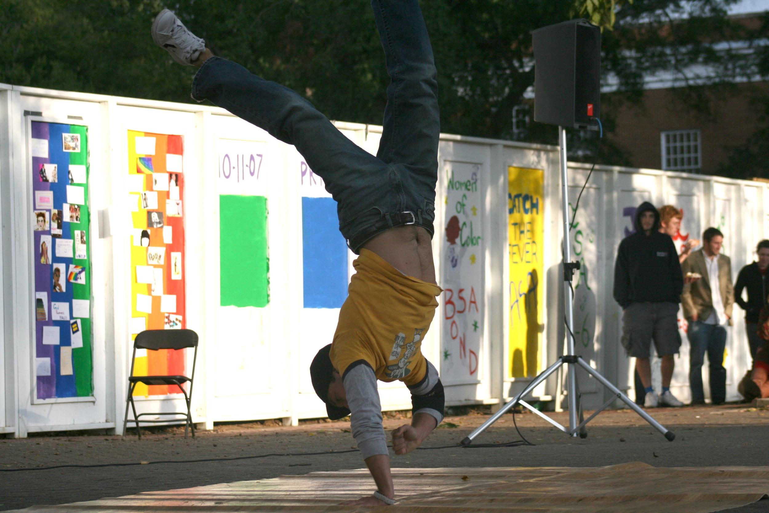 breakdance-2.jpg
