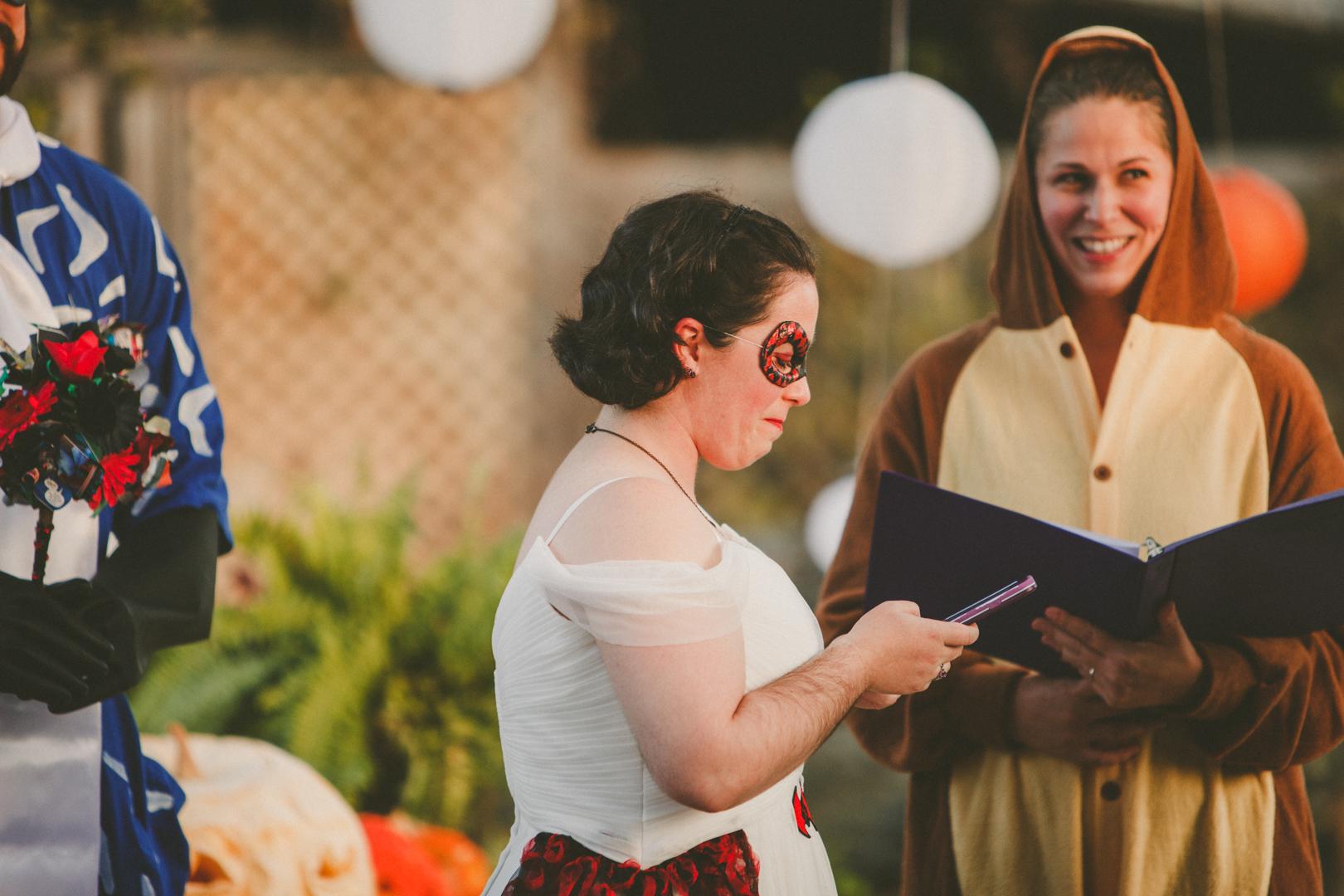 Mike&Hannah_HalloweenWedding-22.jpg