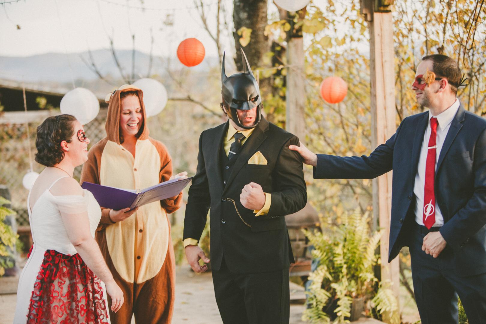 Mike&Hannah_HalloweenWedding-24.jpg