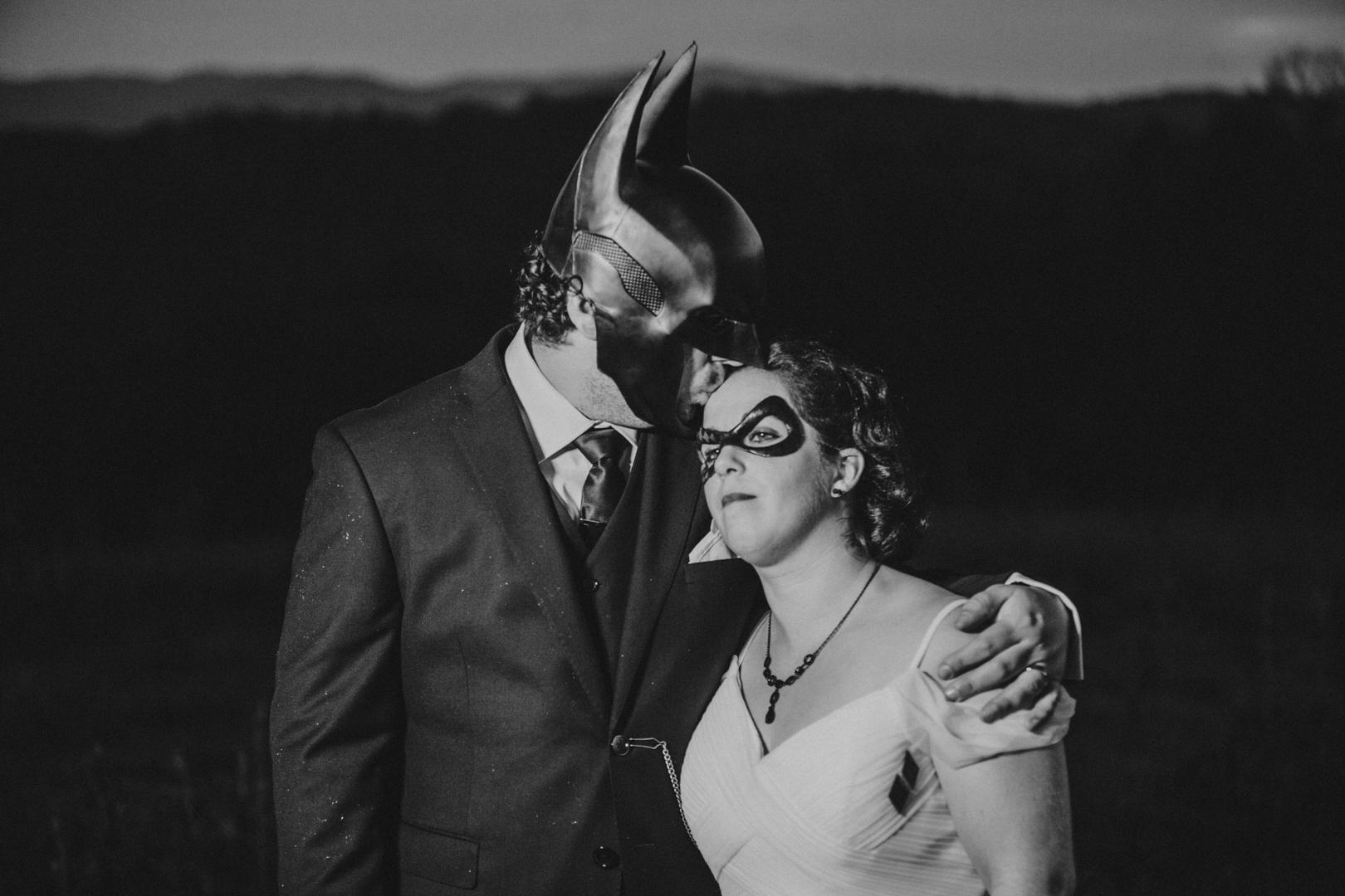 Mike&Hannah_HalloweenWedding-34.jpg