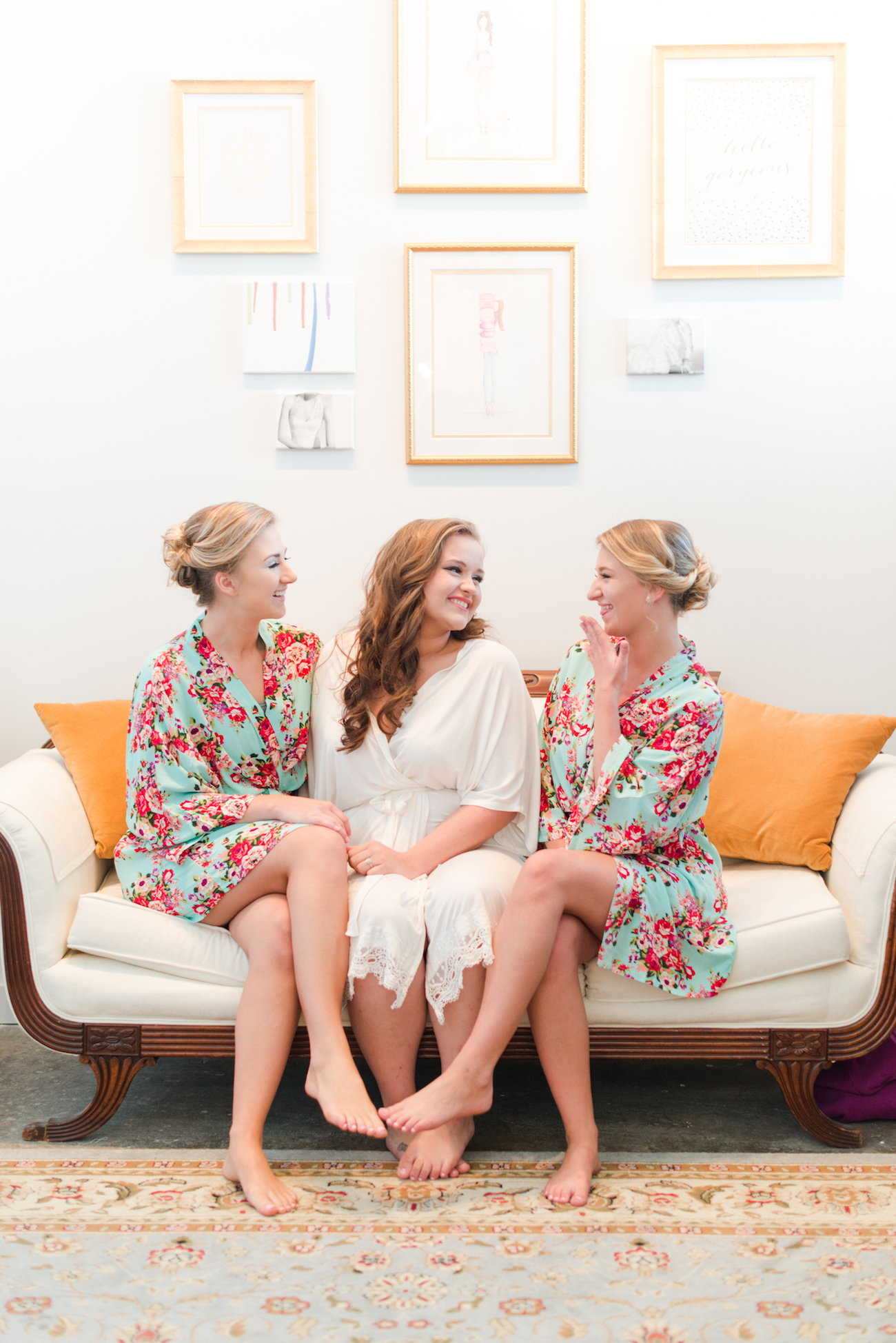 Taryn with two of her bridesmaids in the bridal suite