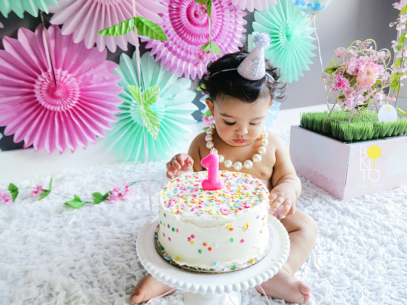 Styled a beautiful Cake Smash for Aubrey's 1st Birthday! Here goes the Cuteness Overload Literally!!!