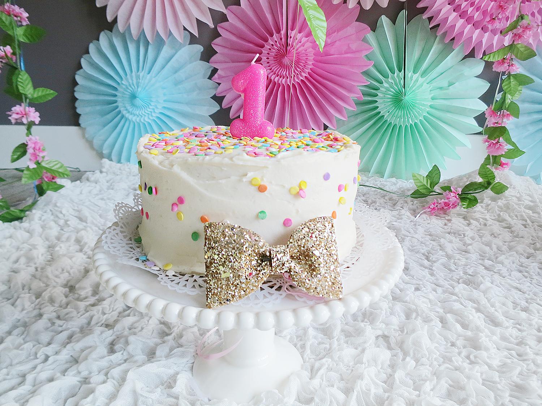 BONITO_DESIGN_EVENTS_CAKE_SMASH 3.jpg