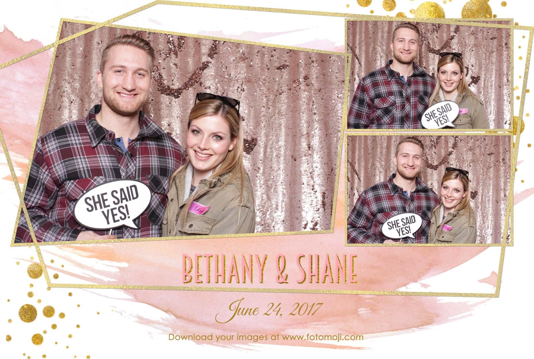 Calgary wedding photo booth