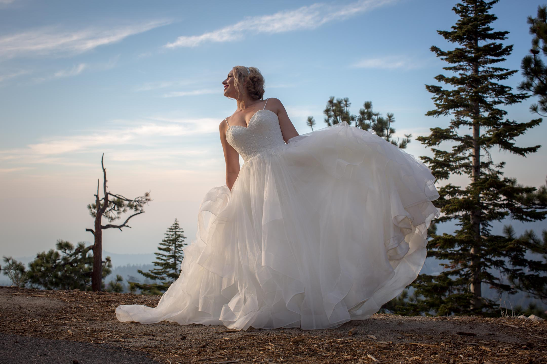 photo of outdoorsy lake tahoe wedding photography