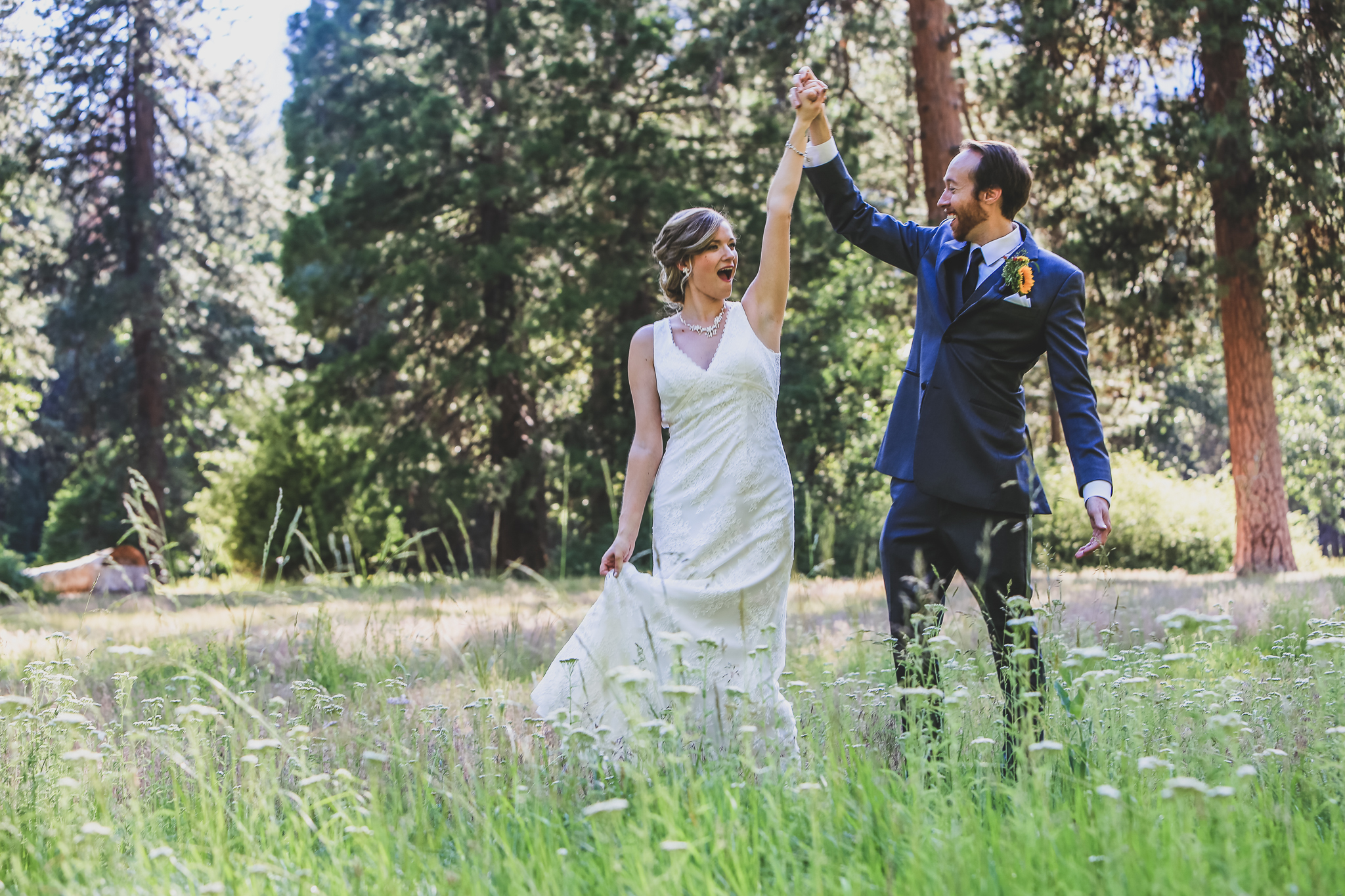 photo of outdoor yosemite wedding