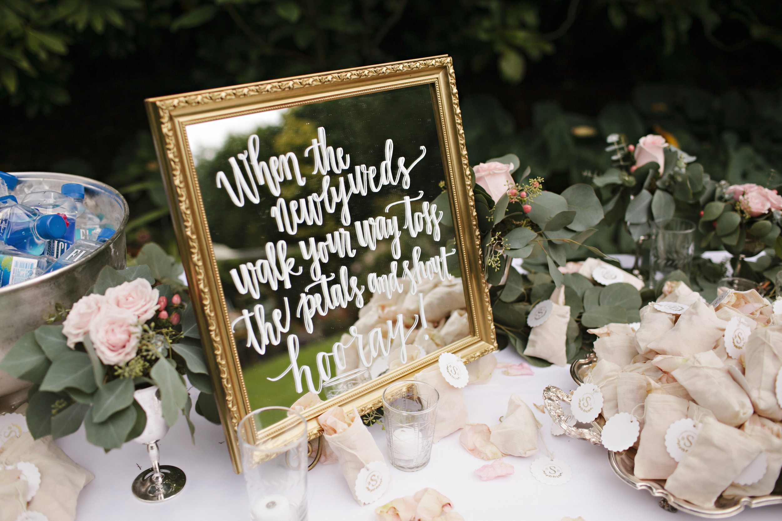 SMALL GOLD FRAMED MIRRORS