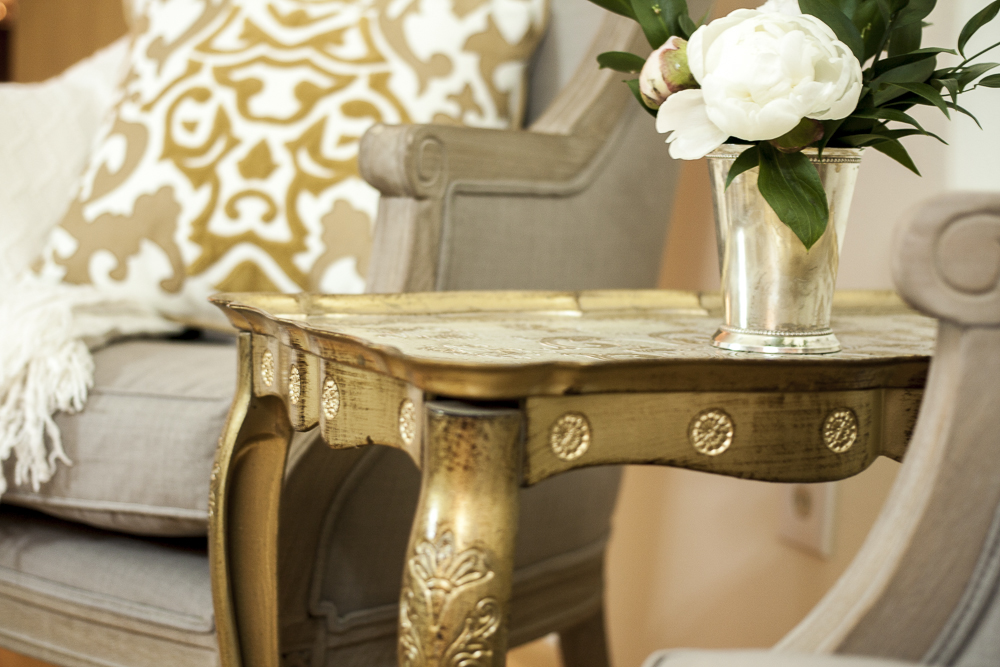 Isola Accent Table.jpg