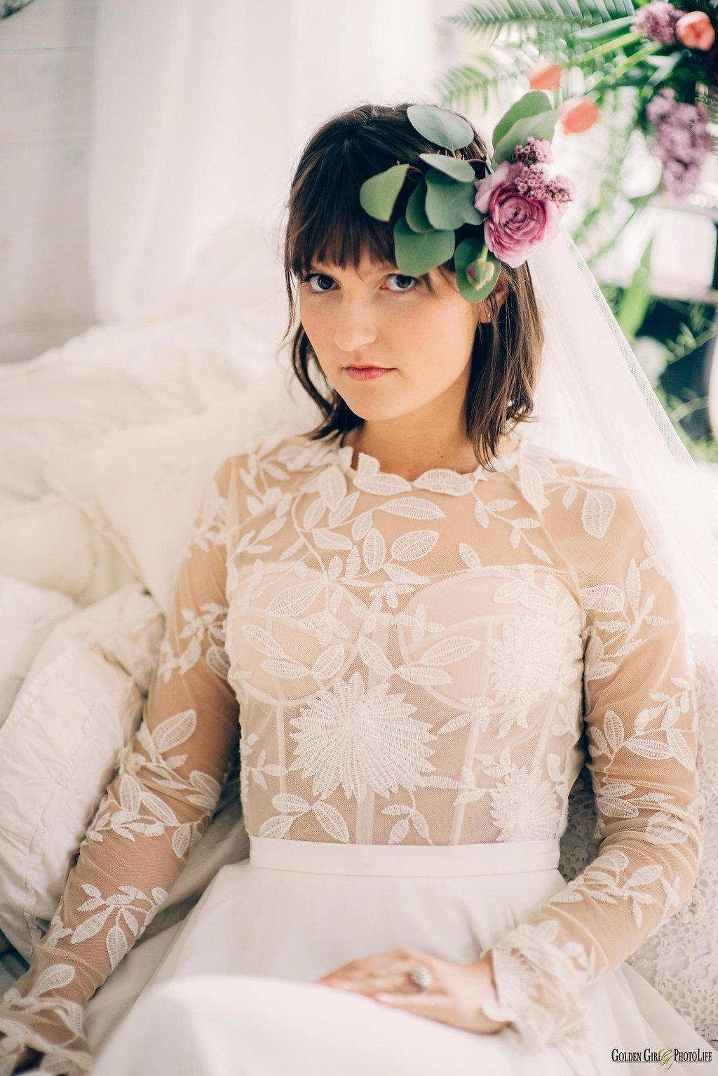 seattle-little-white-house-wedding-dress-theory-bohemian_0013.jpg