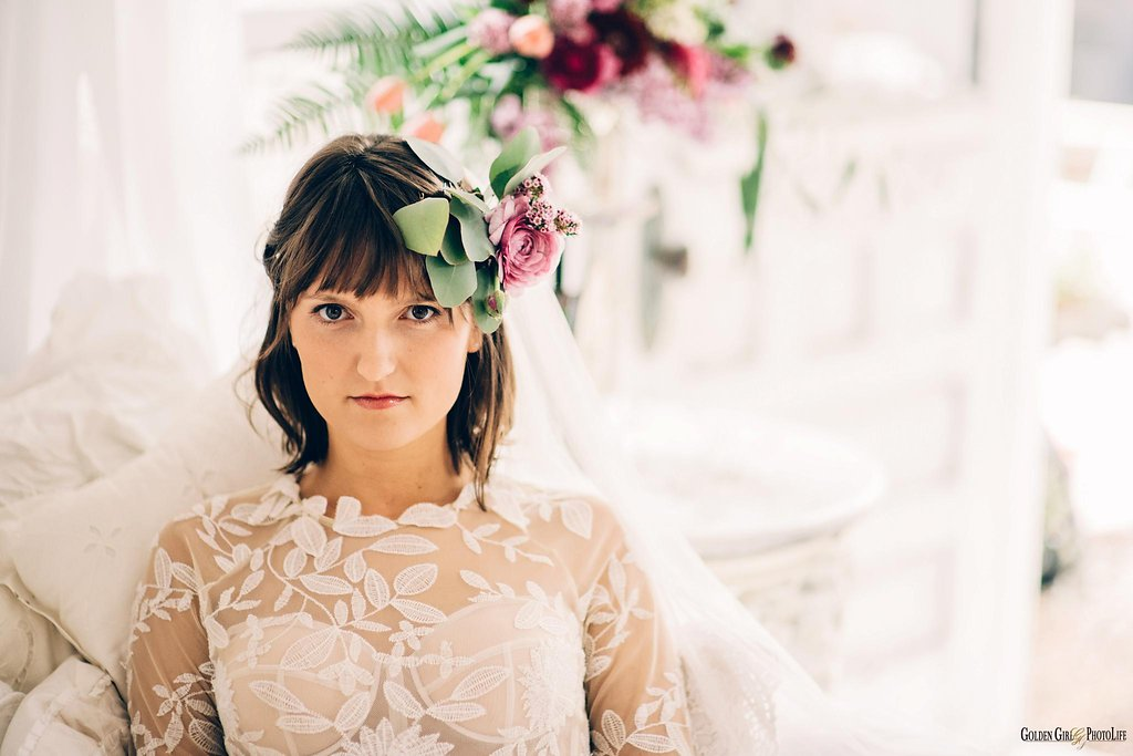 seattle-little-white-house-wedding-dress-theory-bohemian_0014.jpg