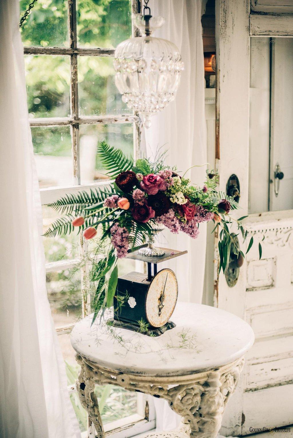 seattle-little-white-house-wedding-dress-theory-bohemian_0027.jpg