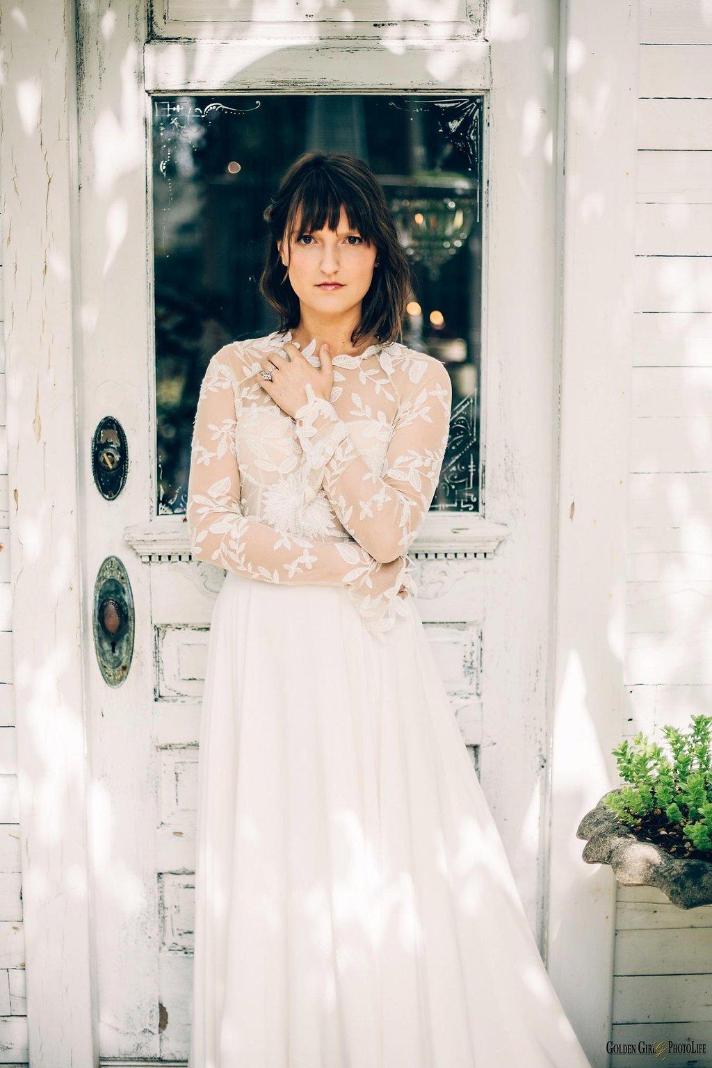 seattle-little-white-house-wedding-dress-theory-bohemian_0043.jpg