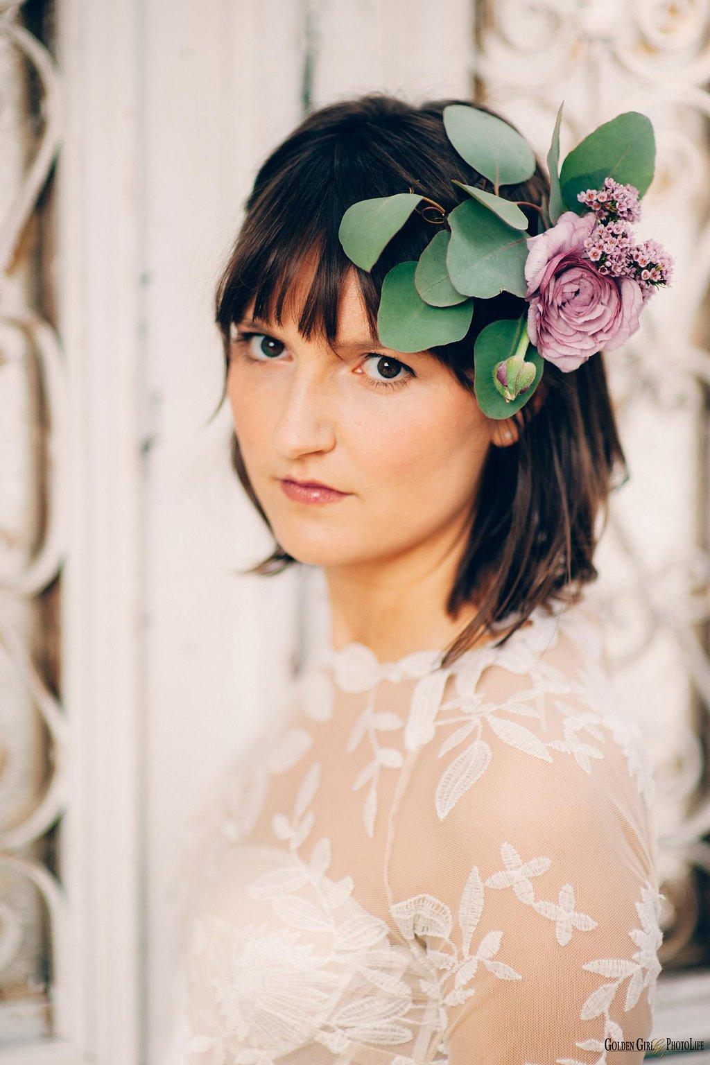 seattle-little-white-house-wedding-dress-theory-lace-photo_0003.jpg