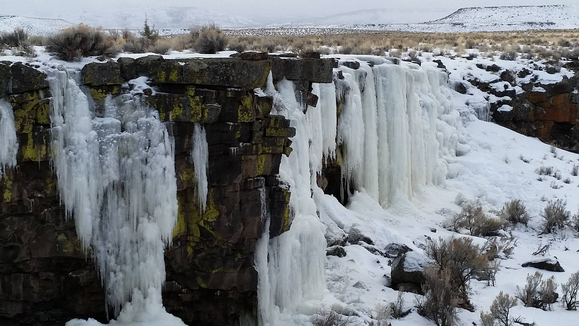 Giant Icicles East of Bend Oregon