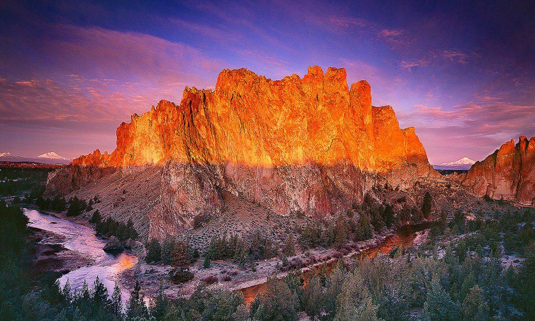 Smith Rock Sunrise. Photo by  Mike Putnam .