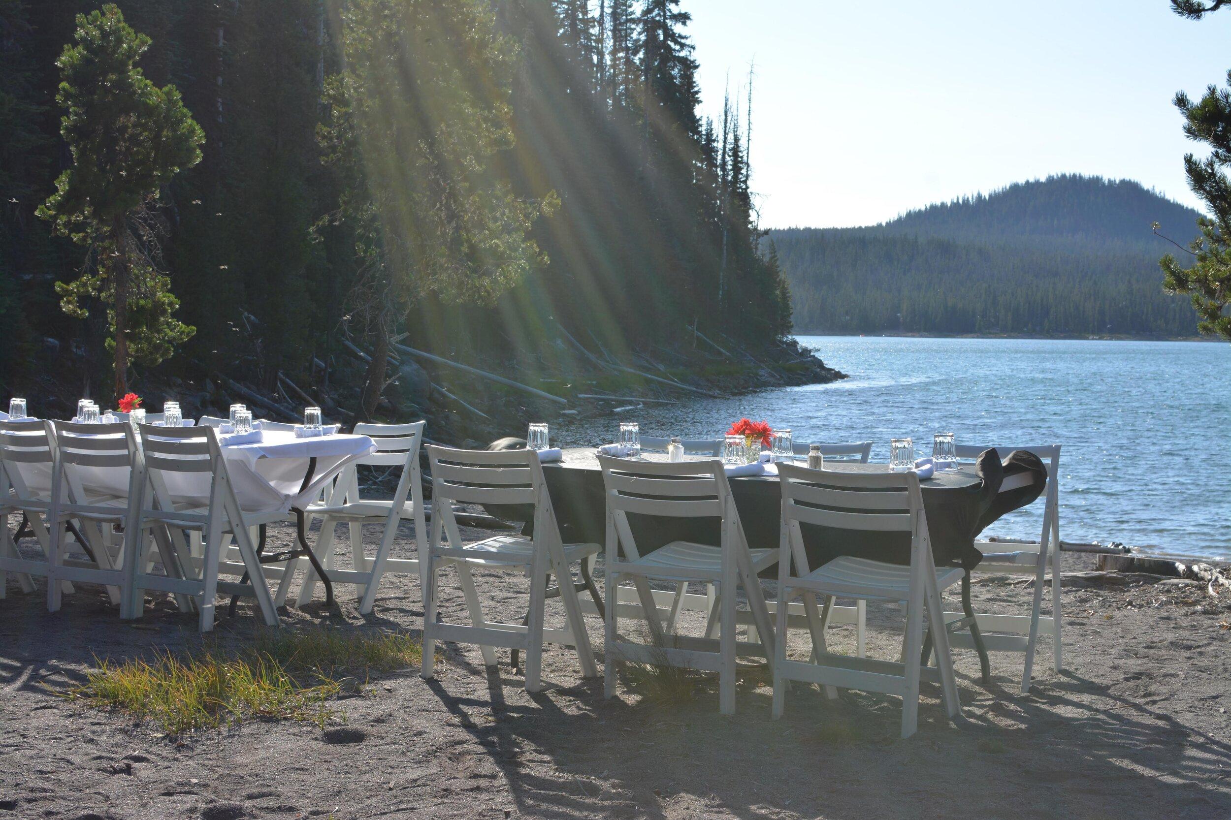 Dinner Canoe - Wanderlust Tours
