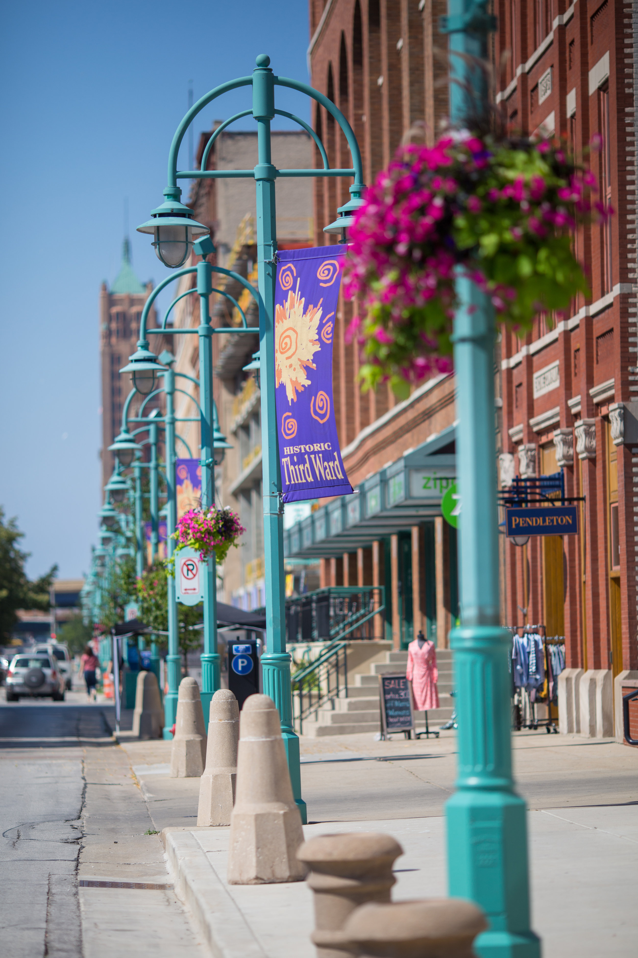 There are lots of shopping and food options in the Historic Third Ward.