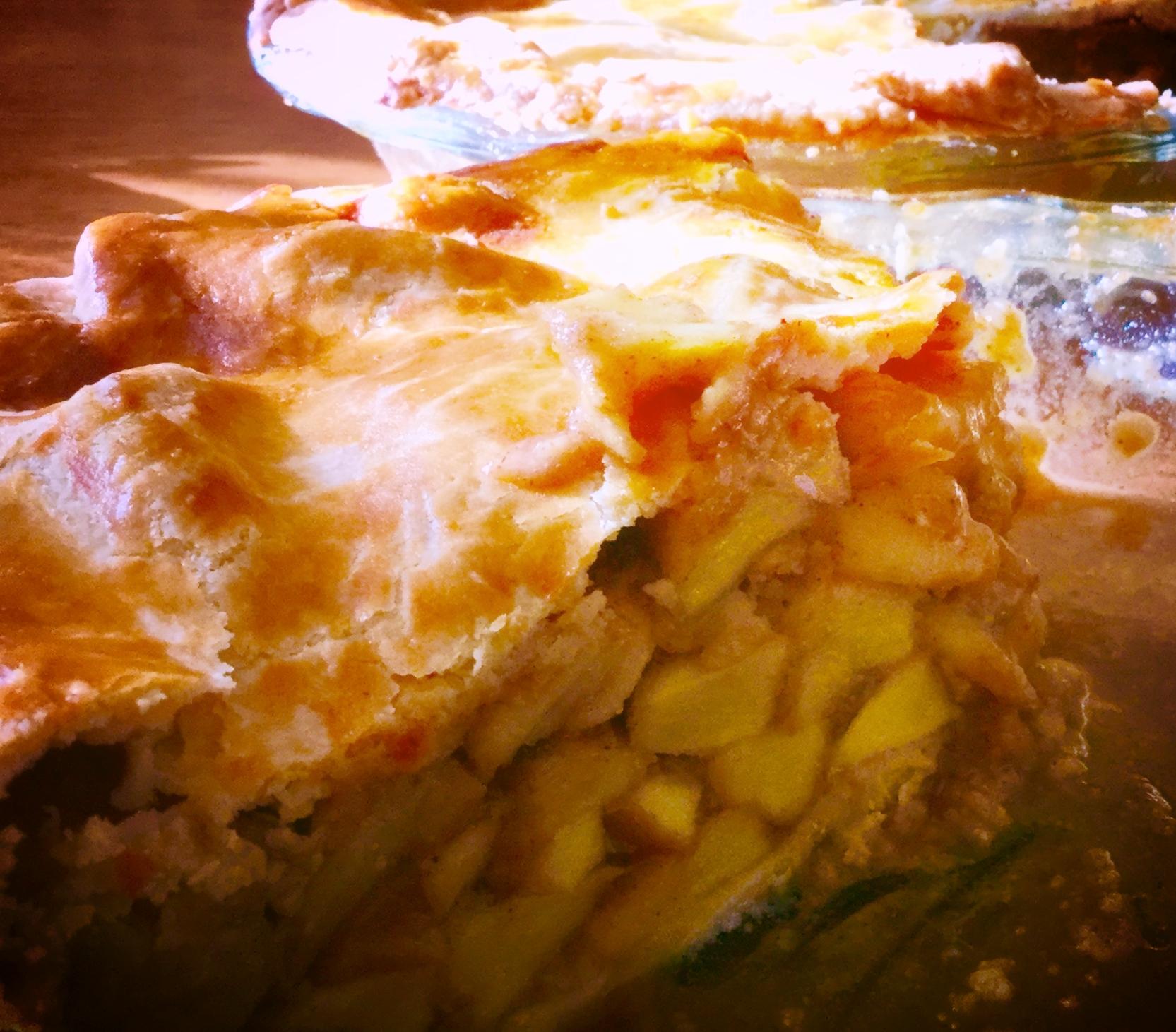 Mariby Corpening's Thick-Crust Apple Pie