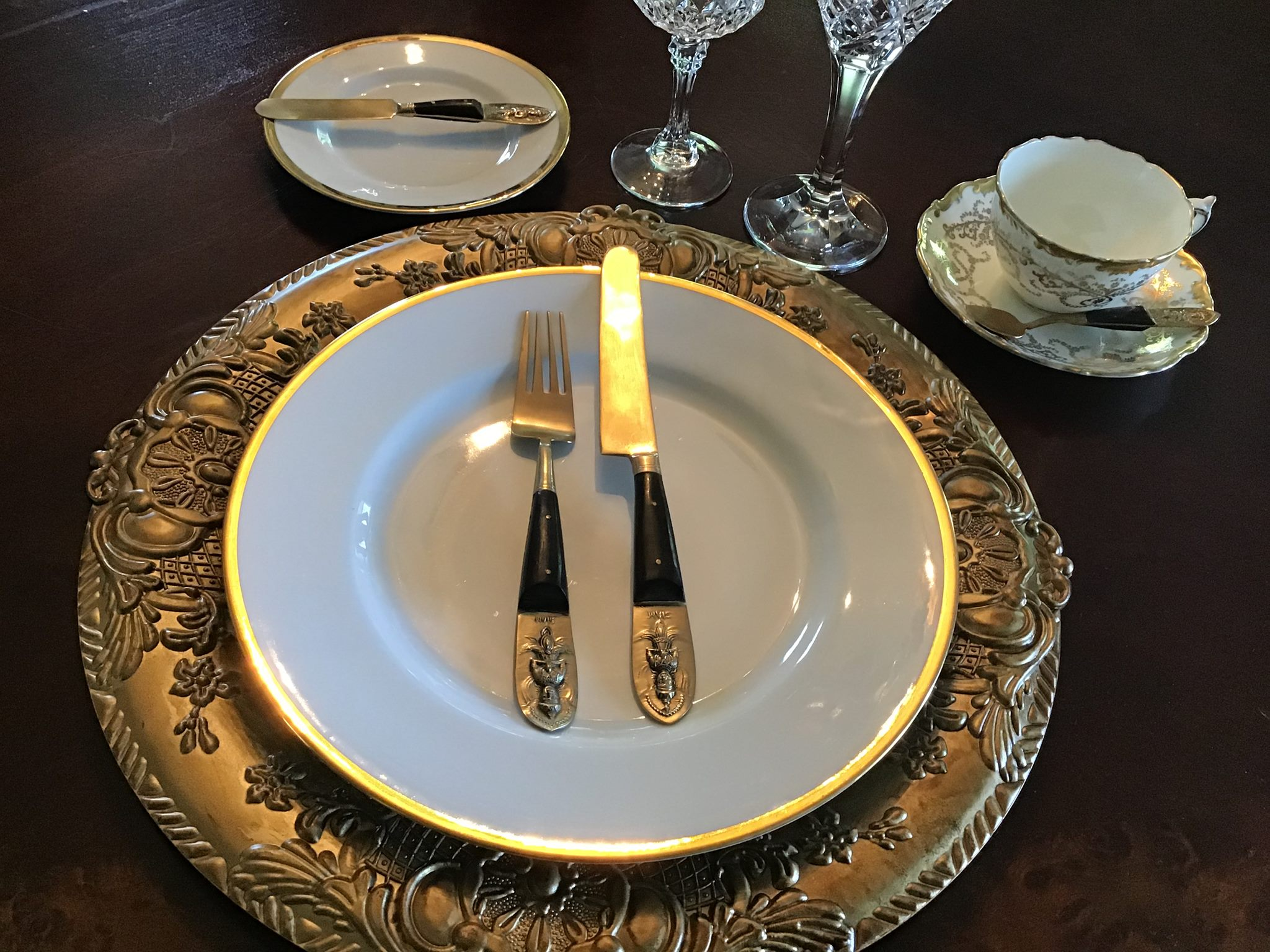 """Mariby Corpening's DID YOU KNOW: Table Etiquette No. 4 - By placement of utensils - """"I'M FINISHED EATING!"""""""