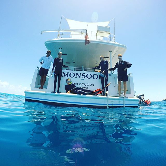 #sunnydays on #mvmonsoon 🐠🐬🐟🏝 #portdouglas #discoverportdouglas #portdouglasmagazine #cairnsofinstagram #portdouglasweddings #snorkeling #thisisqueensland #privatecharter #cairns #daytrip #snorkel #dive #fish