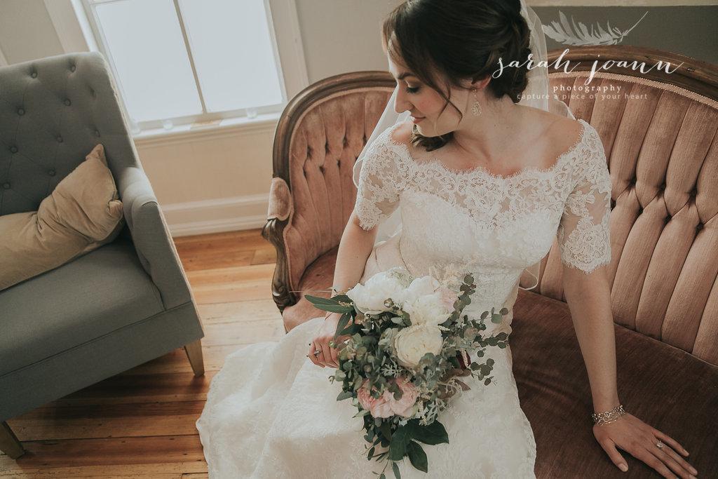 the-Parlour-wedding-photographer-B&B-IMG_5011651.jpg