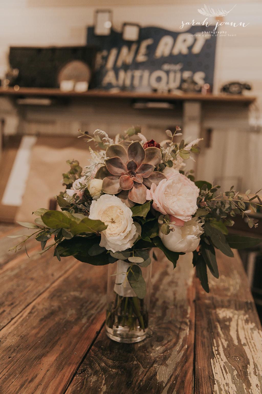 the-Parlour-wedding-photographer-B&B-IMG_4669549.jpg