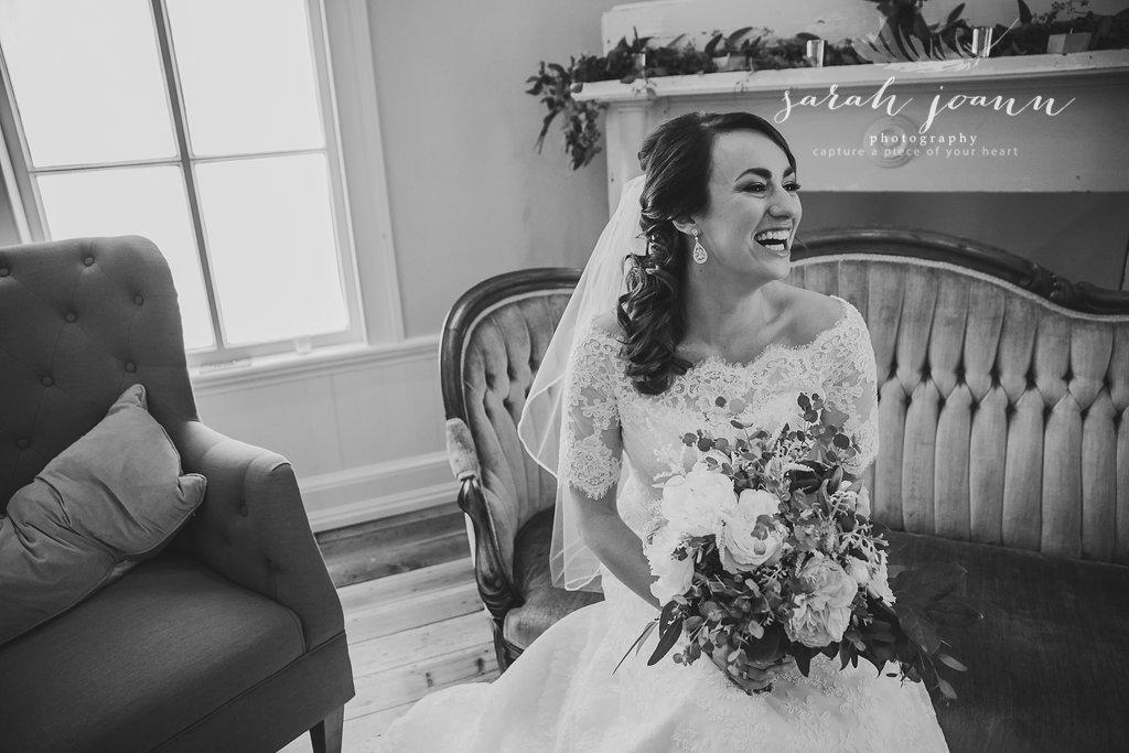 the-Parlour-wedding-photographer-B&B-IMG_5061662.jpg