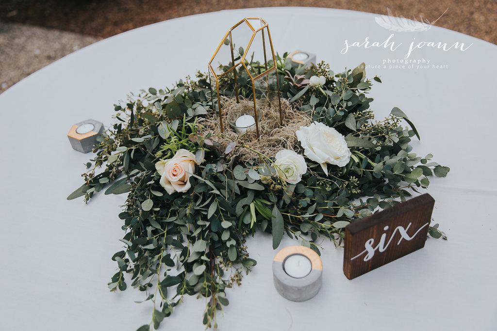 the-Parlour-wedding-photographer-B&B-IMG_5383740.jpg
