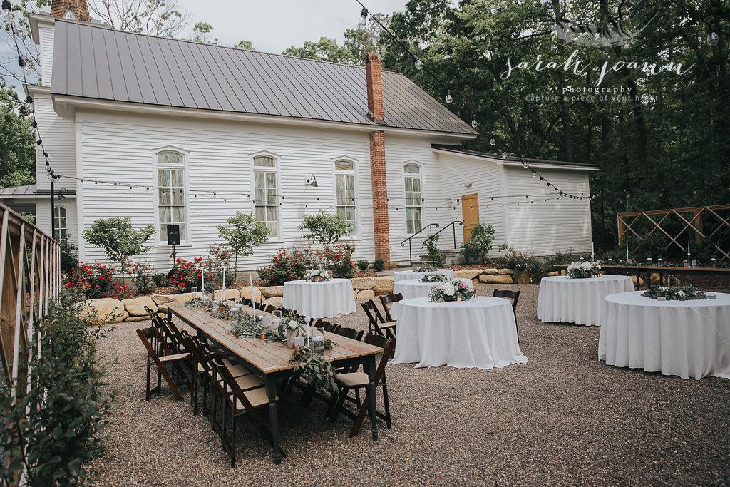 the-Parlour-wedding-photographer-B&B-IMG_5395744.jpg