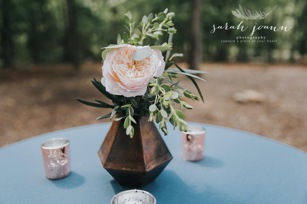 the-Parlour-wedding-photographer-B&B-IMG_5562801.jpg
