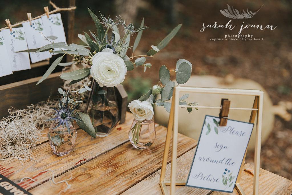 the-Parlour-wedding-photographer-B&B-IMG_5577813.jpg