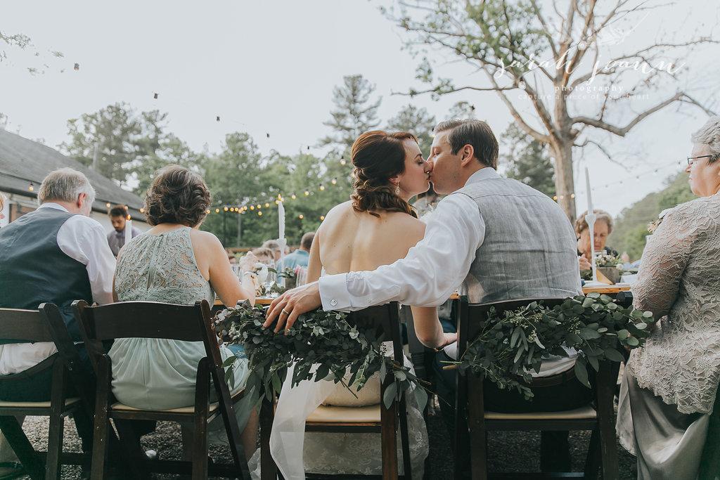 the-Parlour-wedding-photographer-B&B-IMG_74871543.jpg