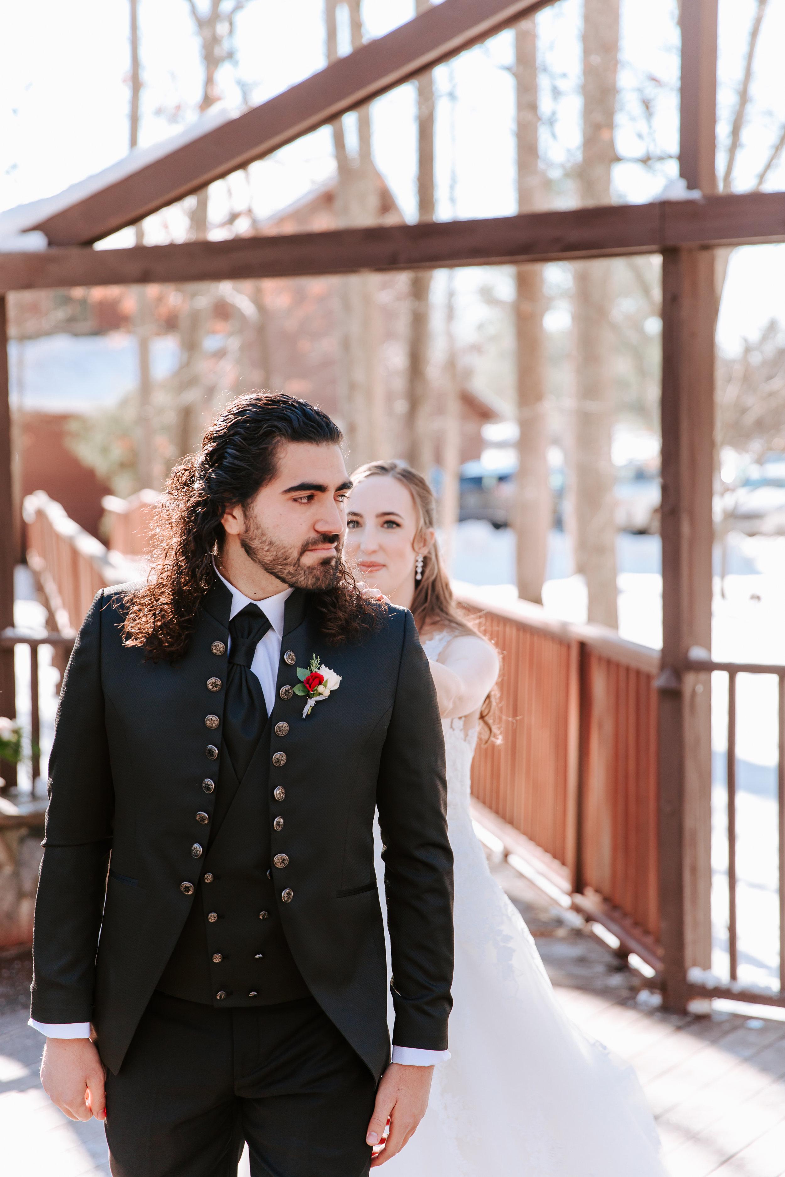 winter wedding at barn at valhalla-ellenchris-1063.jpg