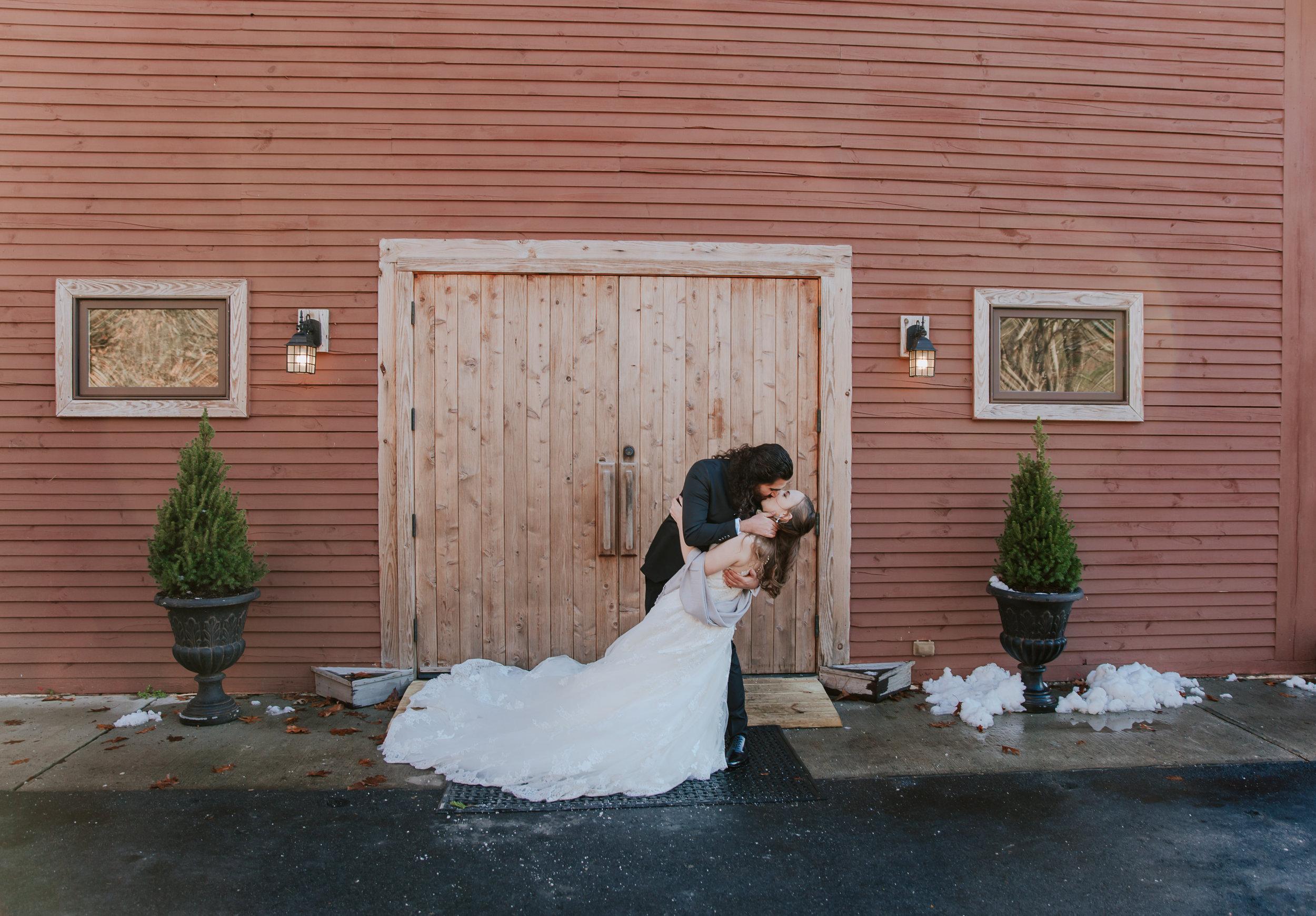 winter wedding at barn at valhalla-ellenchris-1609.jpg
