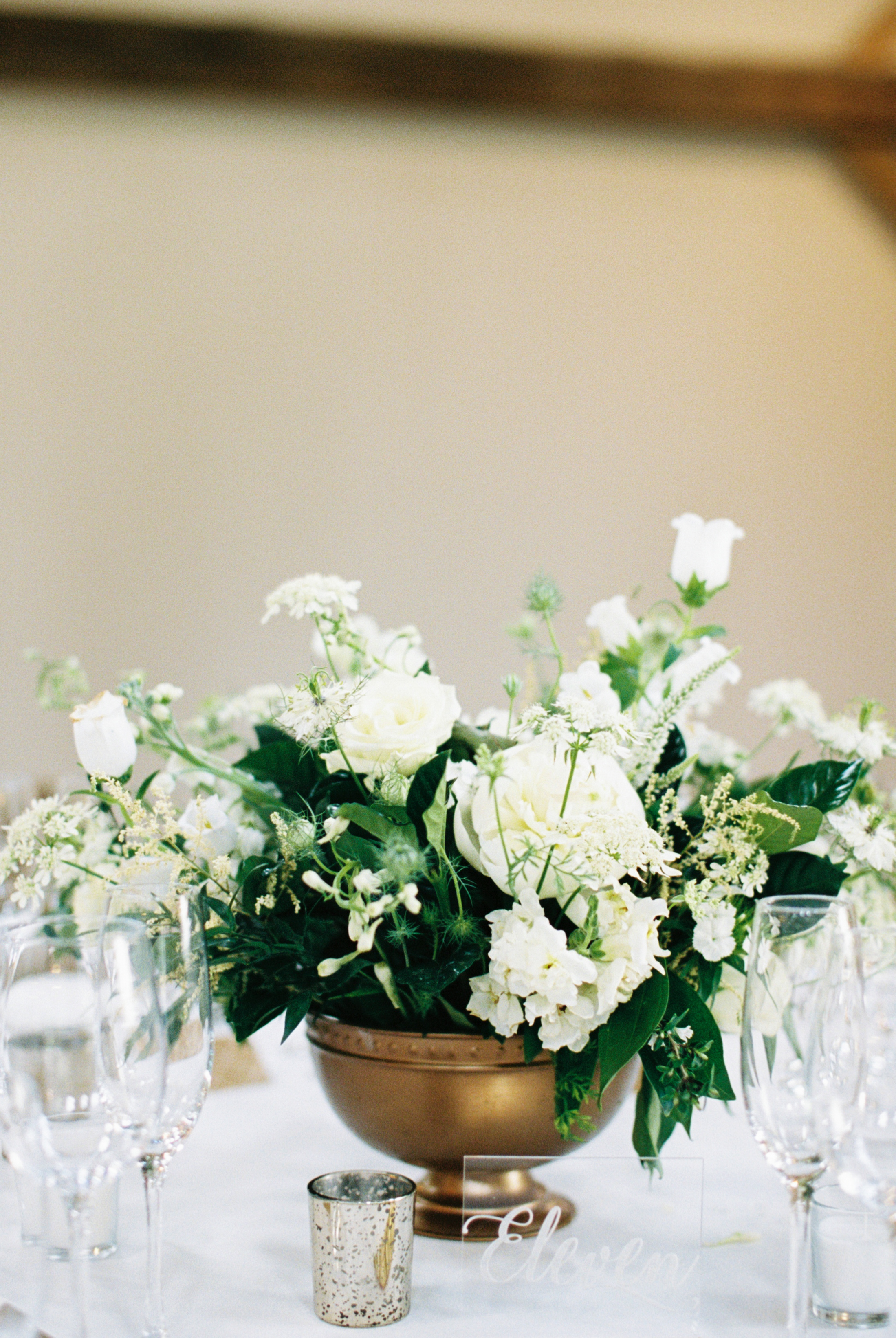 A&BSabrinaRobWedding flowers.jpg