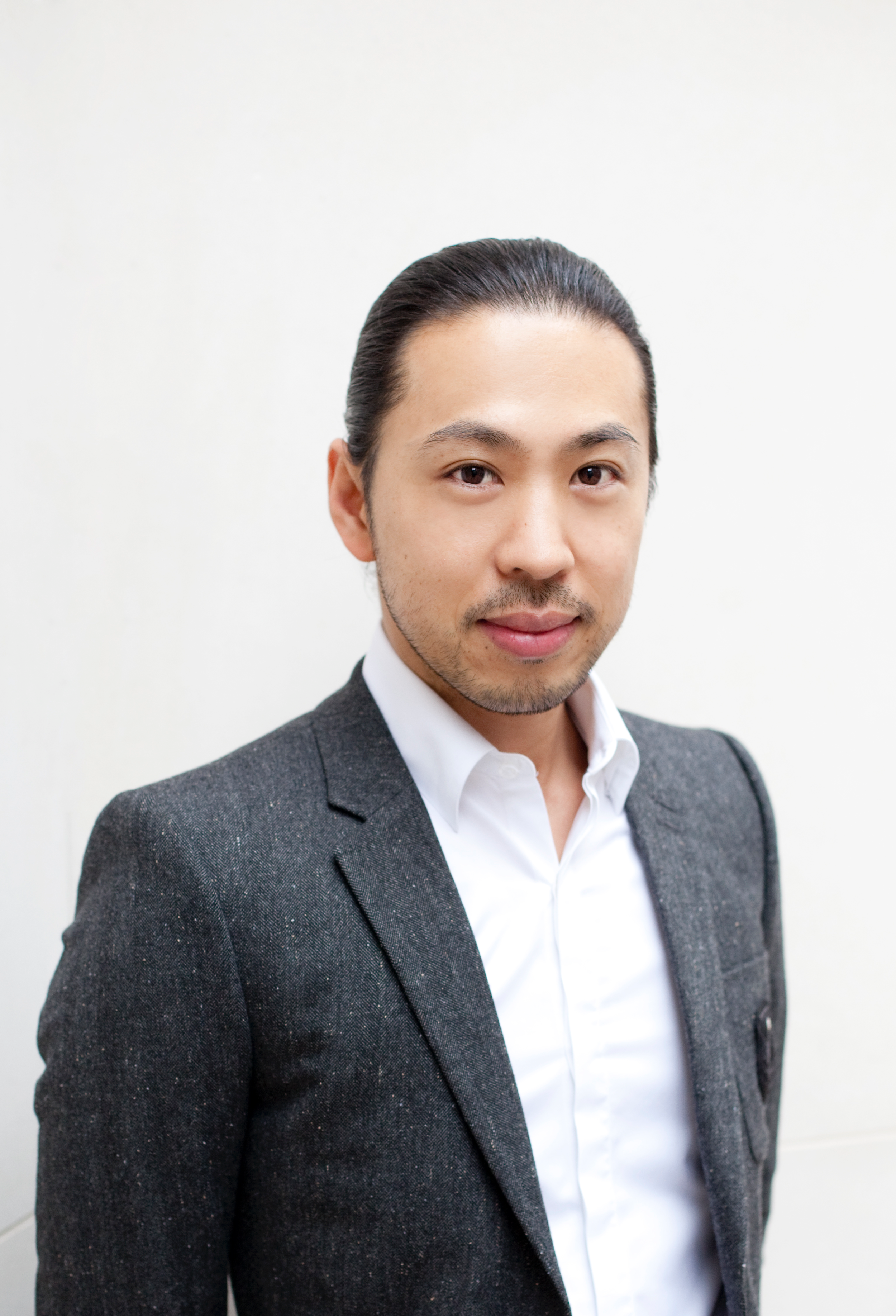 Hiro Miyoshi    Director