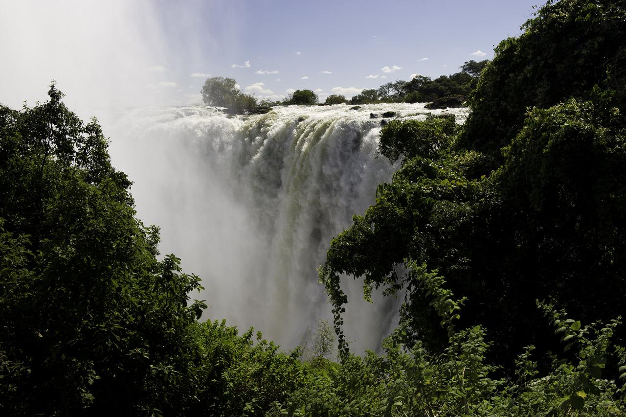 Victoria Falls - Photo: Dana Allen