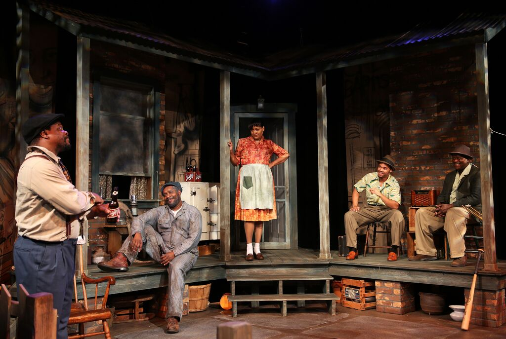 Aaron Smith, Pernell Ferguson, Tiffany Johnson, Fonz Jenkins, and Odell McGhee in  Fences . Photo: Andrea Markowski