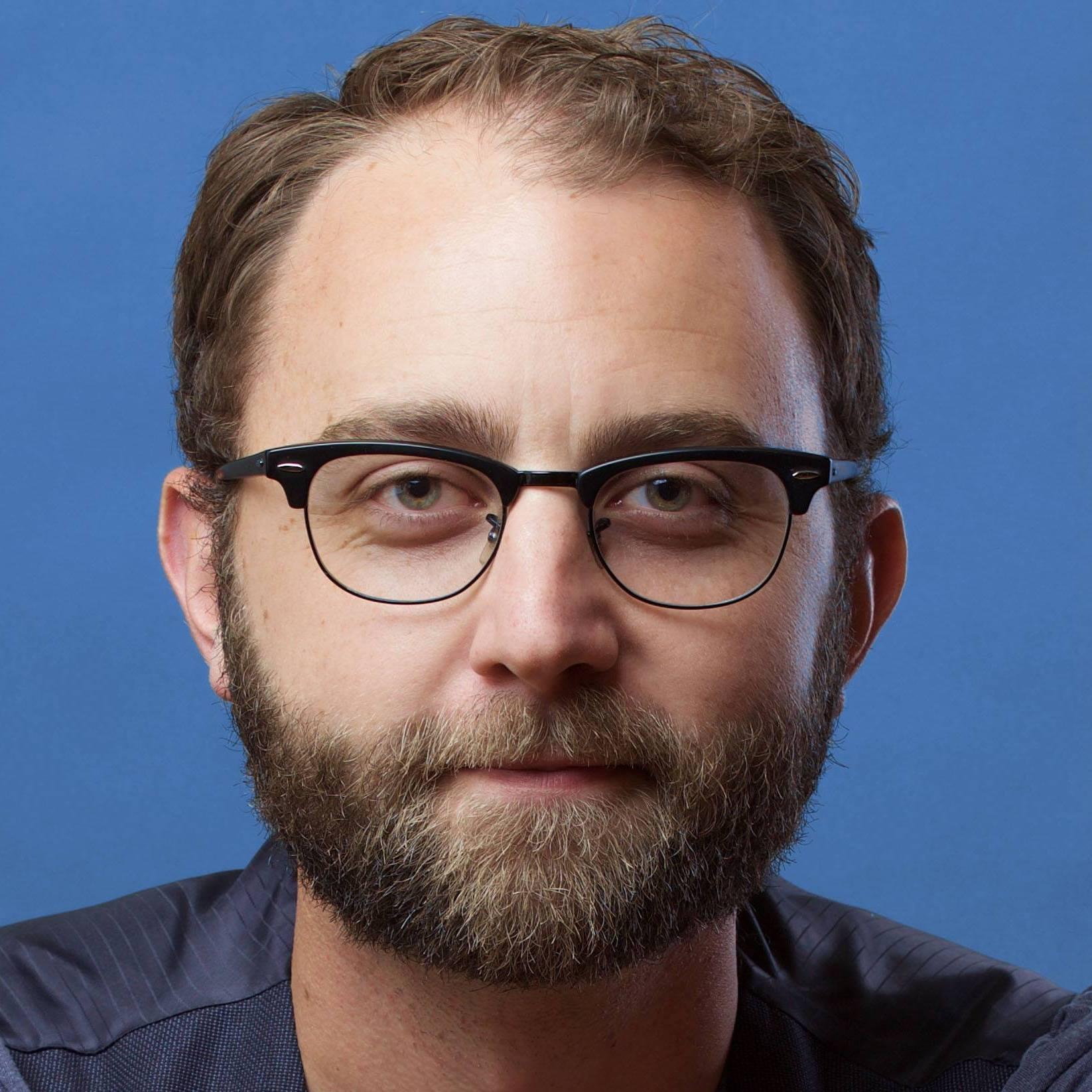 Scott Siepker (Karl Lindner)