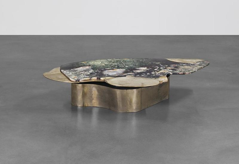 DC160 1B: Marble & brass coffee table. Design by Vincenzo De Cotiis.
