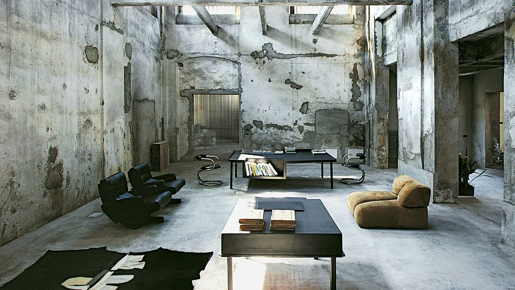 Originally a sock factory from the '40s then former office by Vincenzo De Cotiis, Bresca as seen in ELLE Decor Italia/ Photo credit:  Max Zambelli