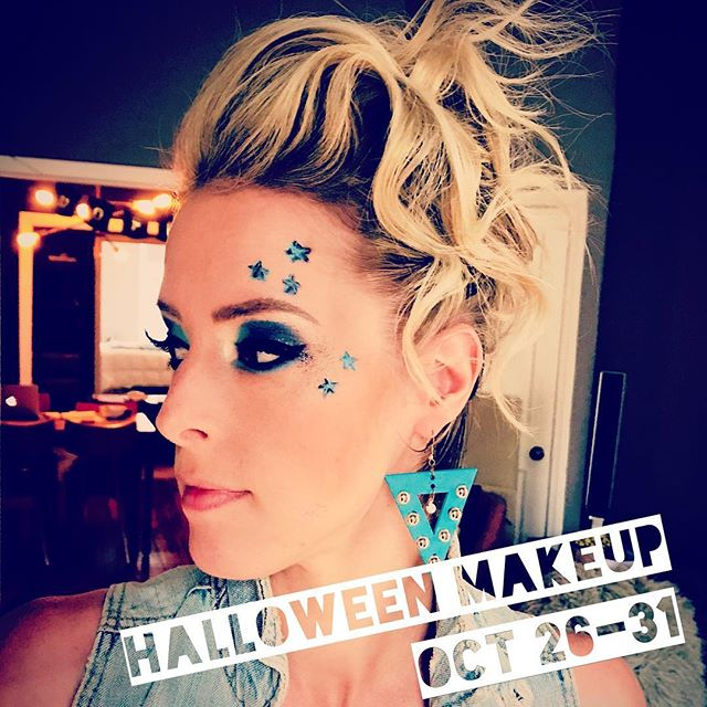 Last chance to book your appointment for Halloween makeup!  _______ ☠️ Oct 26 - Oct 31 ☠️ By appointment only ☠️ Rates range from $50-$150. _______ . . . #mollywinterstewart #amplifiedlife #keepitpositive #nyc #broadway #confidence #makeup #specialtymakeupartist #halloweenmakeup #halloweenmakeupideas #halloweenmakeupbrooklyn #brooklyn #williamsburg #greenpoint #halloweencostumeideas #nychalloweenparade #greenpointhalloween #glamrockhalloween #youdreamitillcreateit
