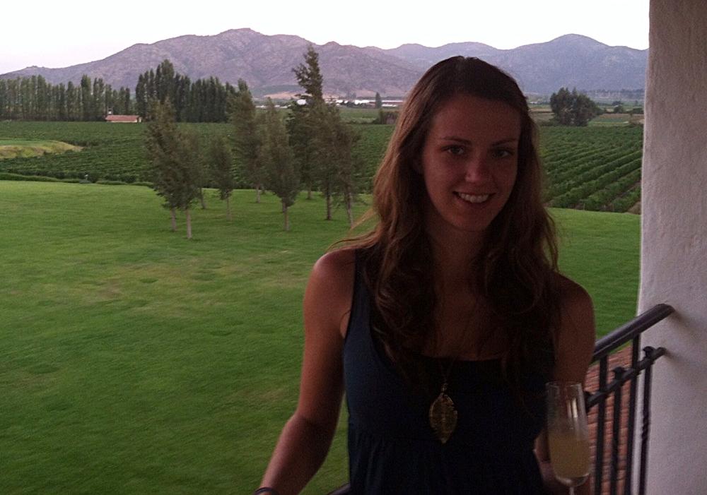 Kate Laramie,the latest Vino Vagabond, in Chile's wine region!