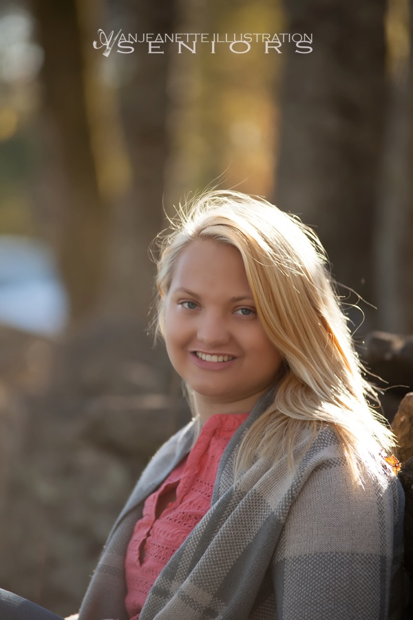 Hendersonville TN Senior Pictures by Photographer Anjeanette Illustration Photography_0986.jpg